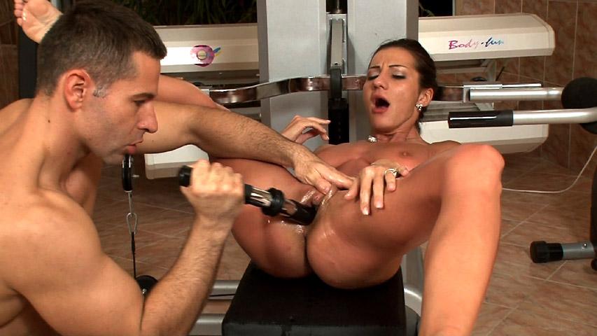 Alice Romain - Alice Romain Fucking and Sucking in Gym